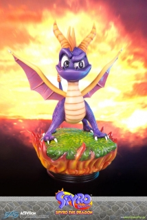 Activision - Spyro the Dragon socha 38 cm