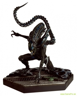 Alien and Predator socha Collection Special Nr 9 Mega Xenomorph Warrior 28 cm